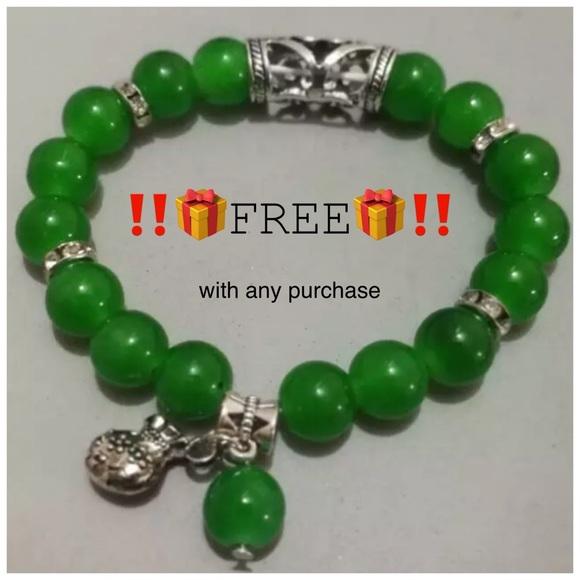 635a9b24e Jewelry   Free Tibetan Boho Jade Green Bead Bracelet New   Poshmark
